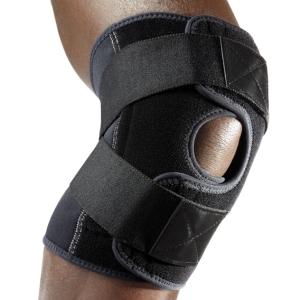 Ортез на коленное сочленение с дополнительными ремнями.