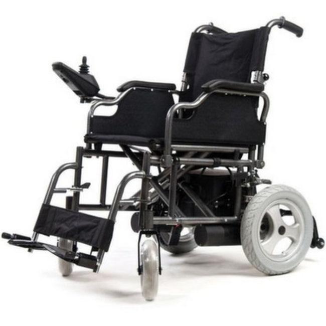 Коляски с электрическим приводом позволяют инвалиду передвигаться свободно, без посторонней помощи