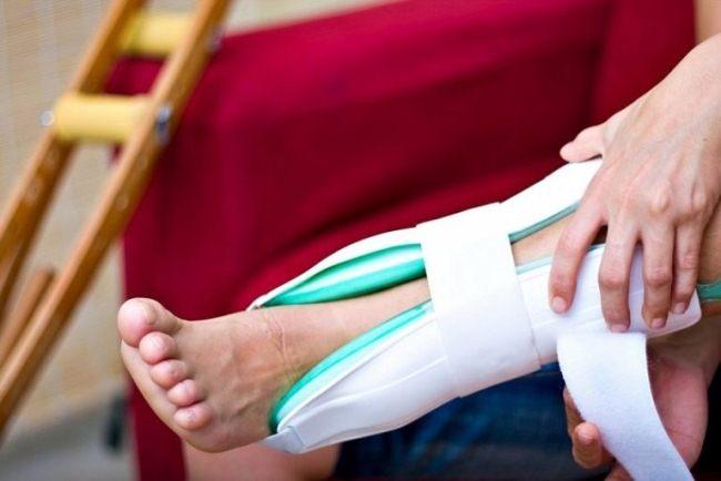 После операция при переломе лодыжки осложнения встречаются редко